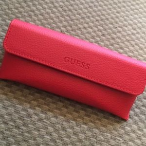 NEW AUTHENTIC GUESS RED EYEGLASS CASE